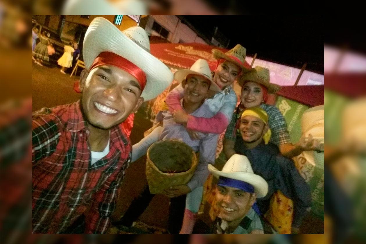Antes de abril, Dilon Zeledón, era sandinista, perteneció a UNEN y bailaba en los actos culturales del Gobierno. Cortesía / Niú