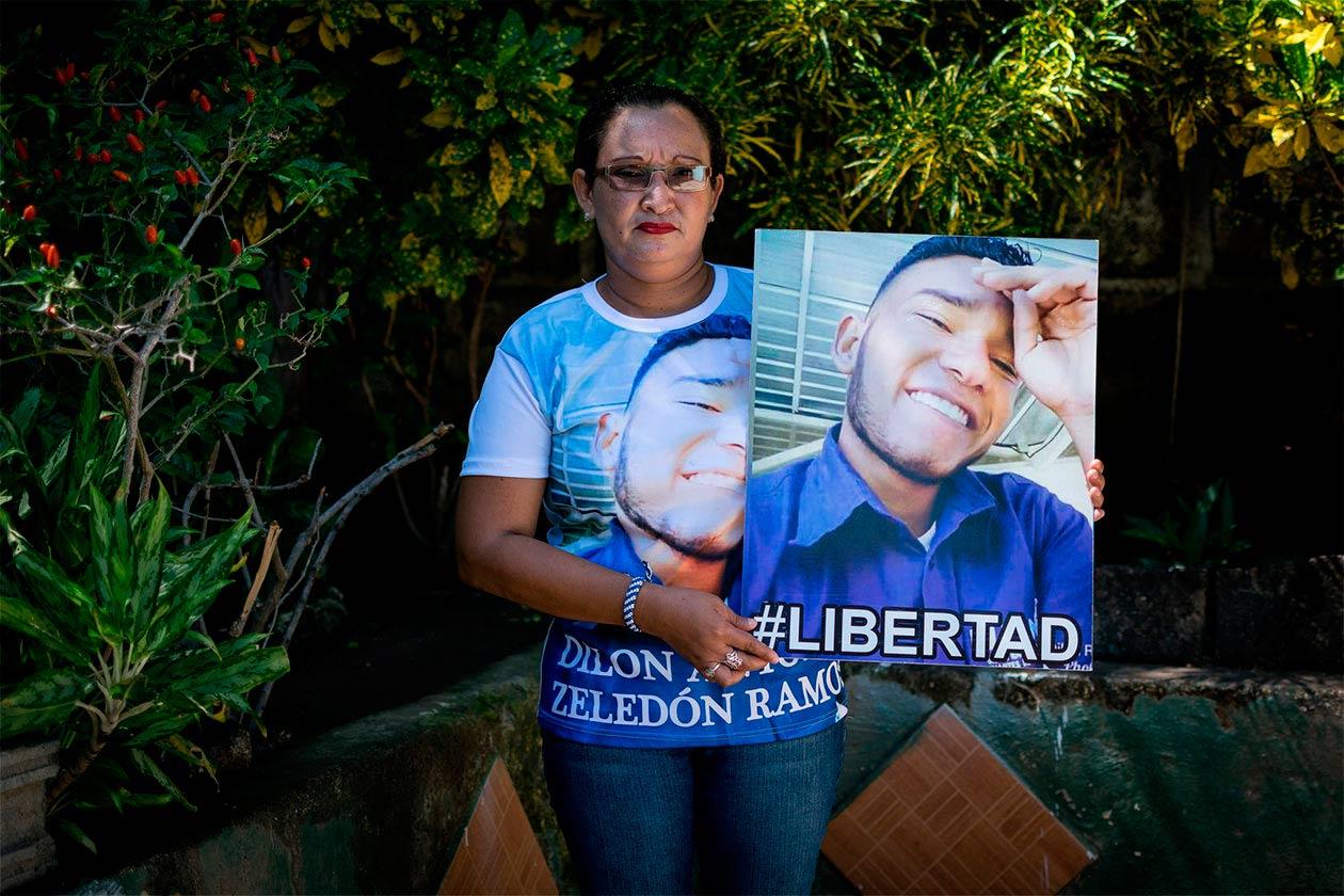 """Eimy Ramos asegura los maltratos que ha recibido su hijo, desde que lo arrestaron en junio, son en venganza porque el Frente Sandinista lo considera """"traidor"""". Franklin Villavicencio / Niú"""