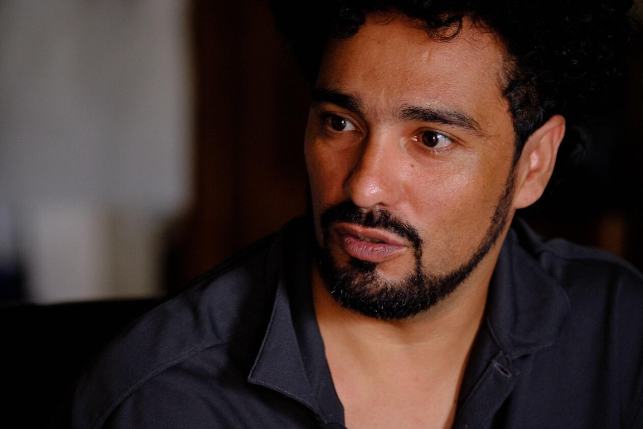 Roberto Cruz Altamirno. Carlos Herrera | Niú