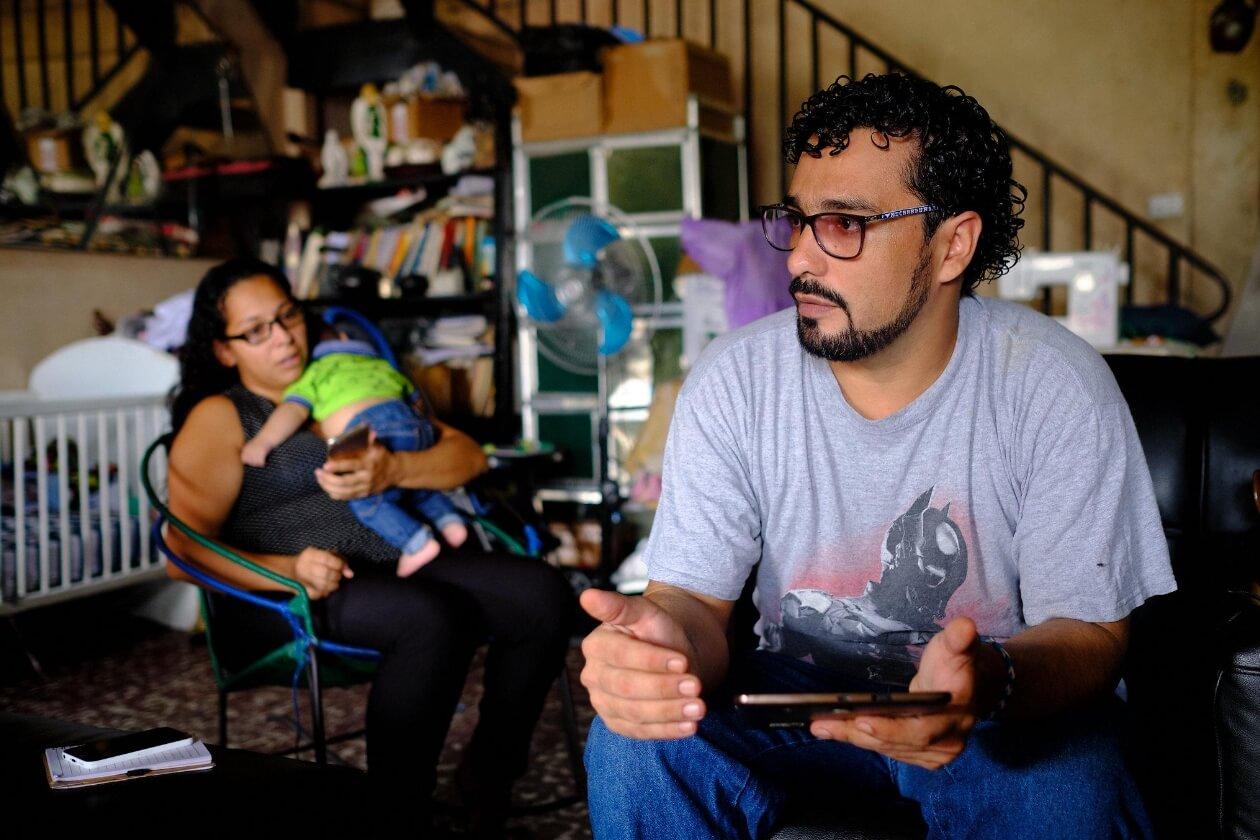 Roberto Cruz y su familia