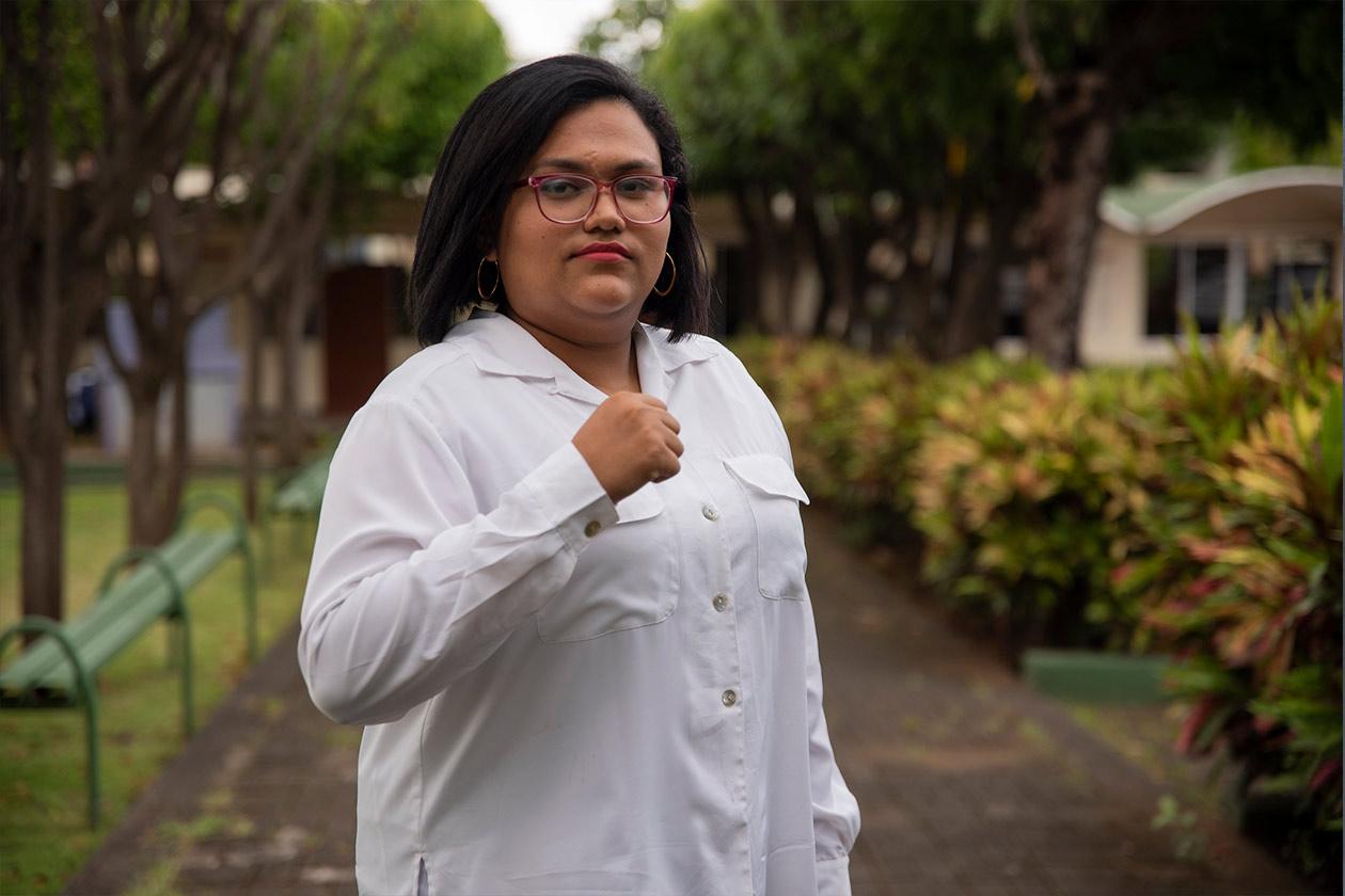 Por abandonar las filas del Frente Sandinista Marjorie Duarte y su familia es asediada por los militantes y la Policía Nacional. Claudia Tijerno | Niú
