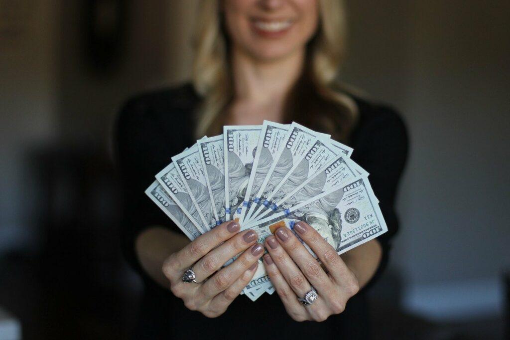 felicidad dinero
